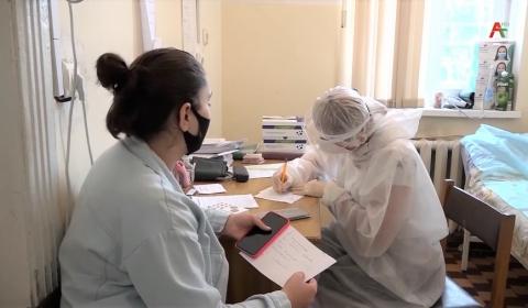 Репортаж Абхазского телевидения о работе участковых врачей в Сухуме и Сухумском районе с ковид-пациентами